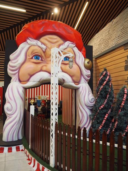 Santa Myer