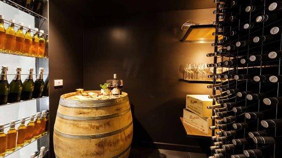 Dea & Daz's wine tasting corner
