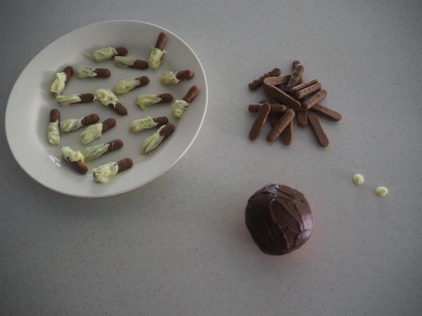 echidna cupcakes