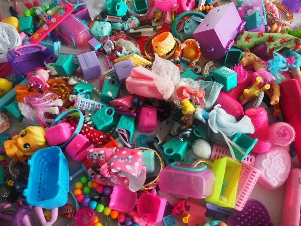shopkins and itty bitty toy storage idea