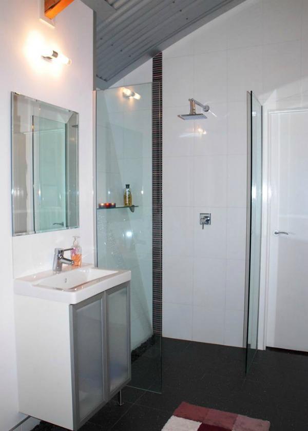bathroom with tin