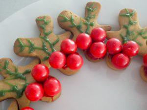 Gingerbread Holly Wreath Food Idea