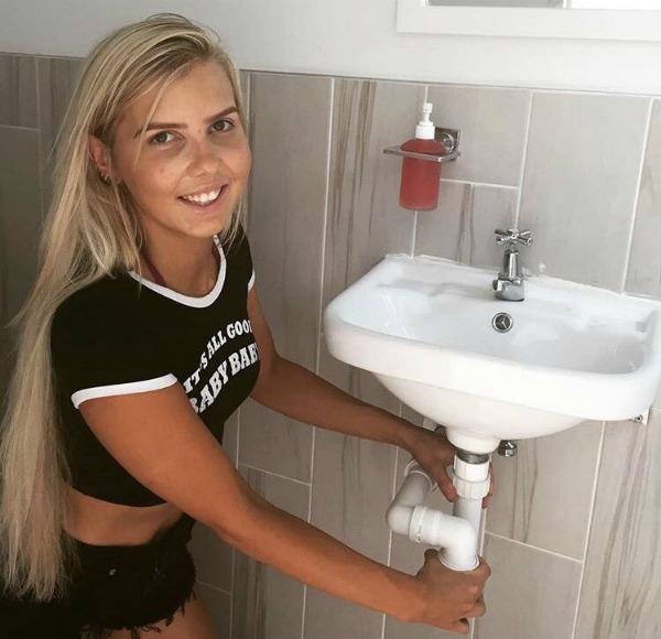 Aimee Stanton female plumber