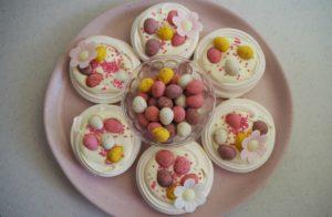 Easy Easter Meringue Nests pavlova