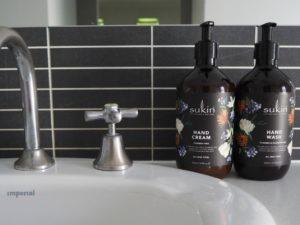Dark Bottle Pump Handwashes That Look Amazing in Your Bathroom