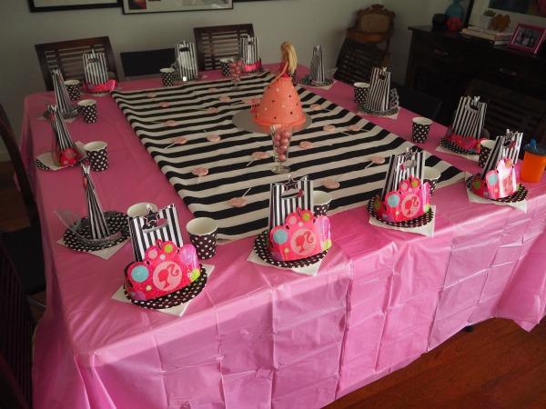 Barbie food Table