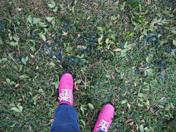plumbette wearing she wear boots