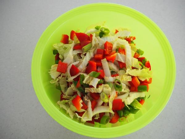 crunchy nut salad
