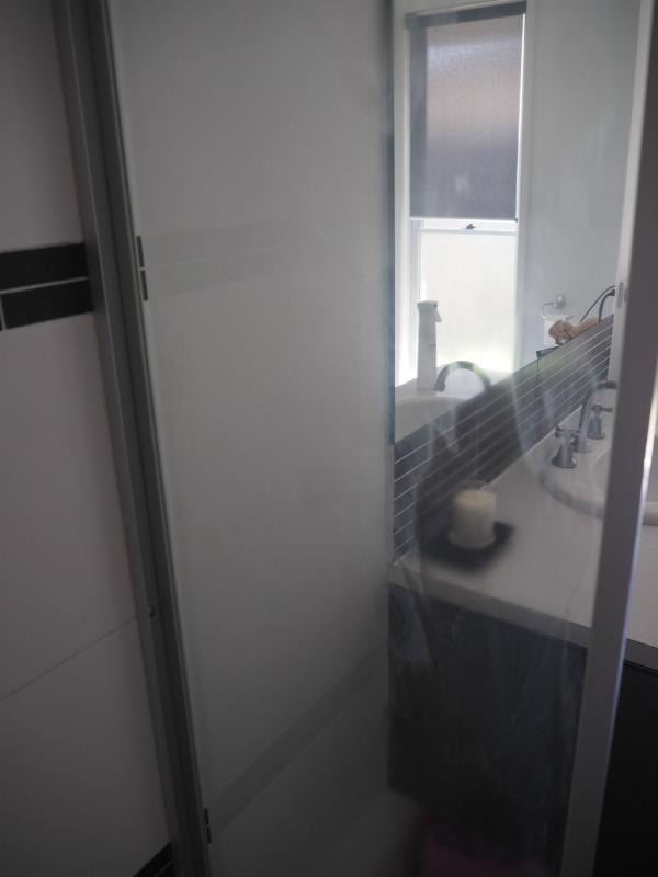 ekoworx on the shower screen