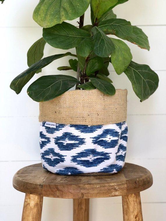 restore grace planter pouch