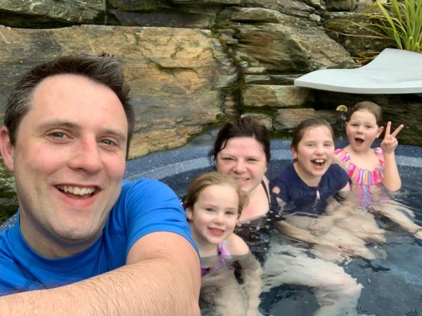 oakridge resort hot pools 30 family friendly activties in Wanaka