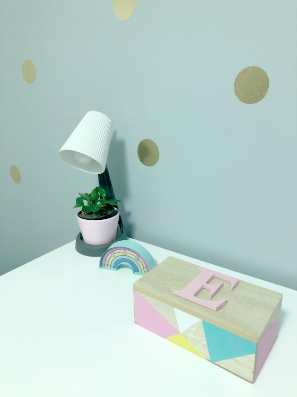 tween girl bedroom light
