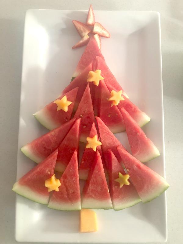 Easy Christmas Tree Fruit Platter