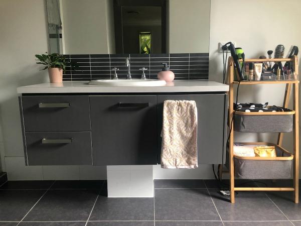 bathroom storage upgrade after using bamboo shelves