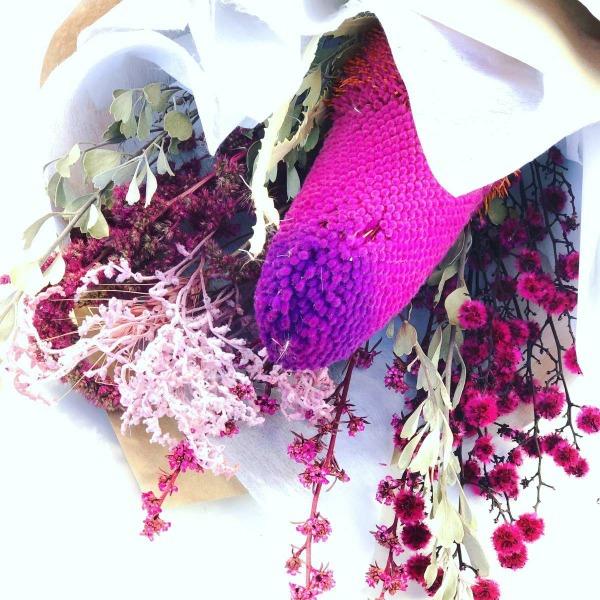 Samanthas dried flower bouquet