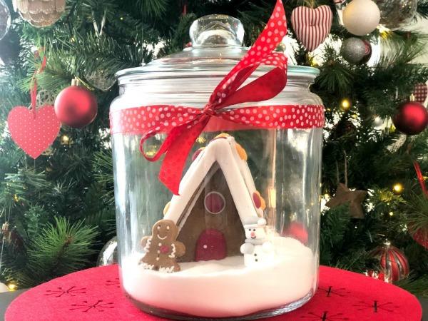 Gingerbread House Snow Globe